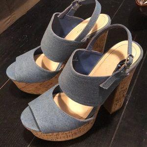 Platform cork heels